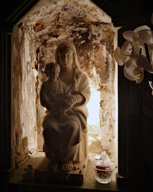 Statua Santa Maria Infra Saxa