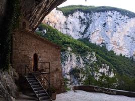 Santuario della Madonna di Infra Saxa